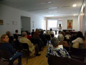 Éxito del taller en la Biblioteca Conde Duque organizado por Academia Neurona
